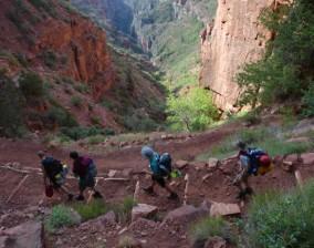 Grand Canyon North Kaibab Trail– descending